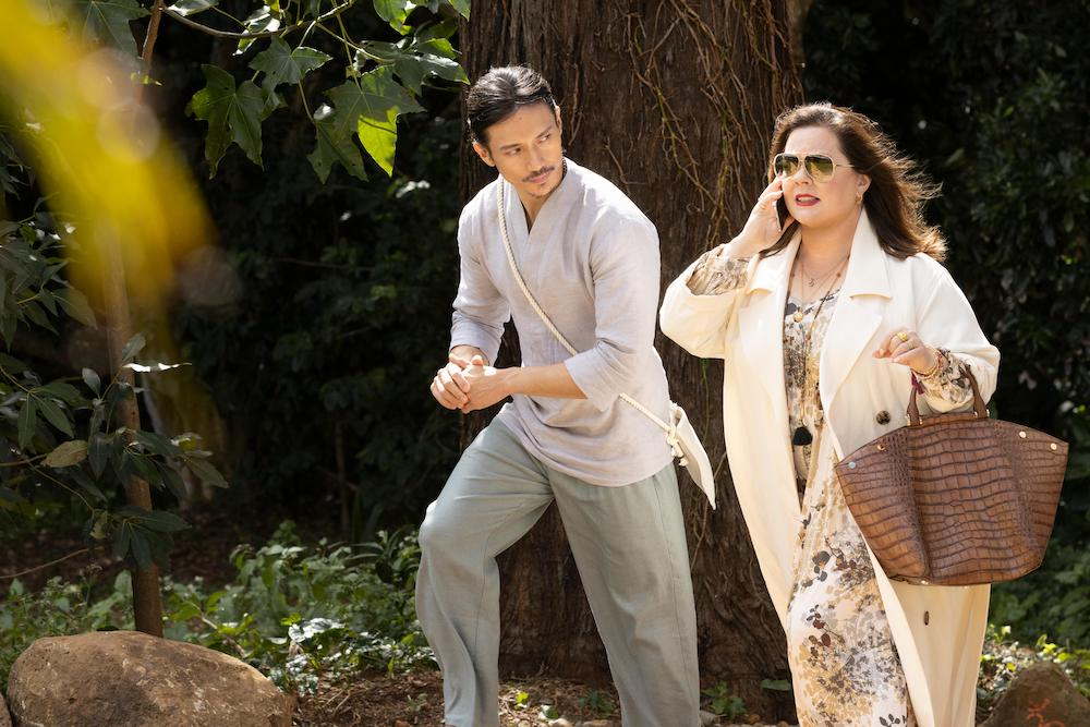 """Nine Perfect Strangers -- """"Random Acts of Mayhem"""" - Episode 101 -- Promised total transformation, nine very different people arrive at Tranquillum House, a secluded retreat run by the mysterious wellness guru Masha. Yao (Manny Jacinto) and Frances (Melissa McCarthy), shown. (Photo by: Vince Valitutti/Hulu)"""