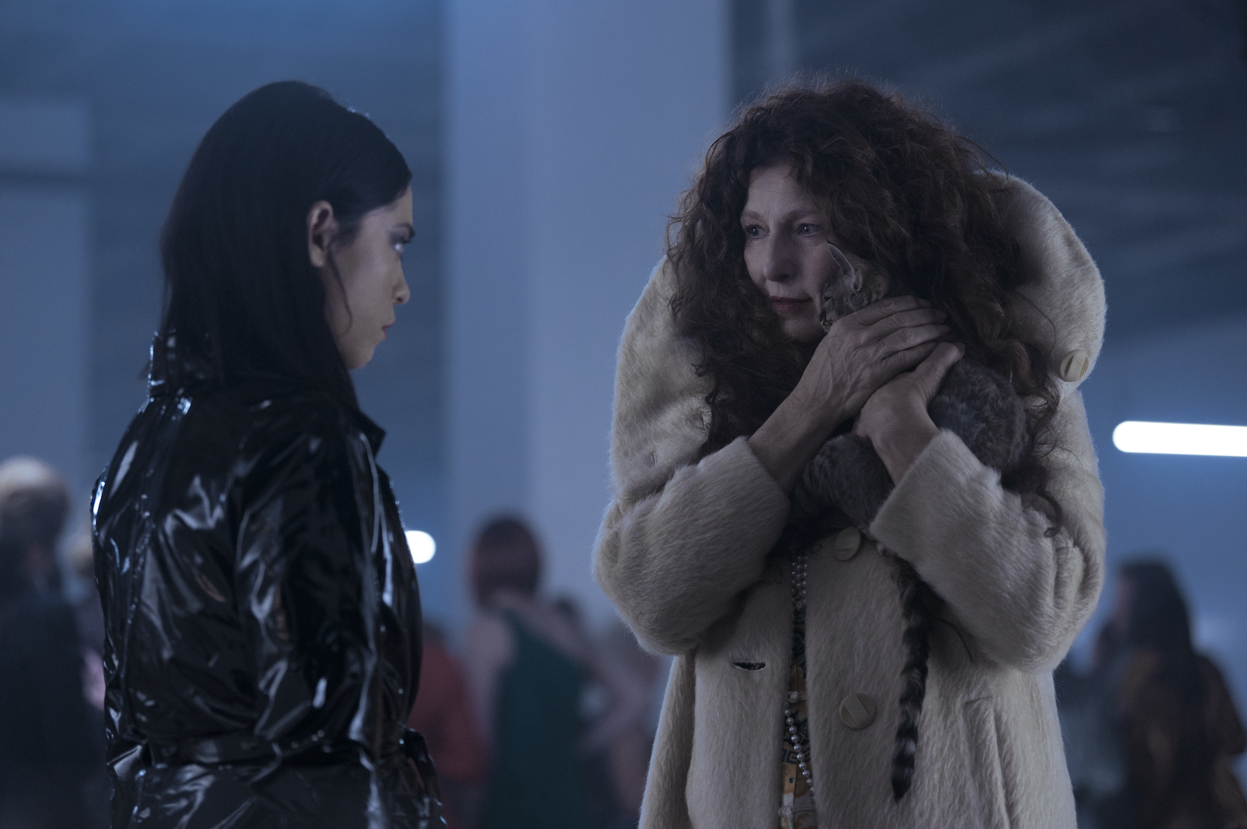 BRAND NEW CHERRY FLAVOR (L to R) ROSA SALAZAR as LISA NOVA and CATHERINE KEENER as BORO in episode 101 of BRAND NEW CHERRY FLAVOR Cr. SERGEI BACHLAKOV/NETFLIX © 2021
