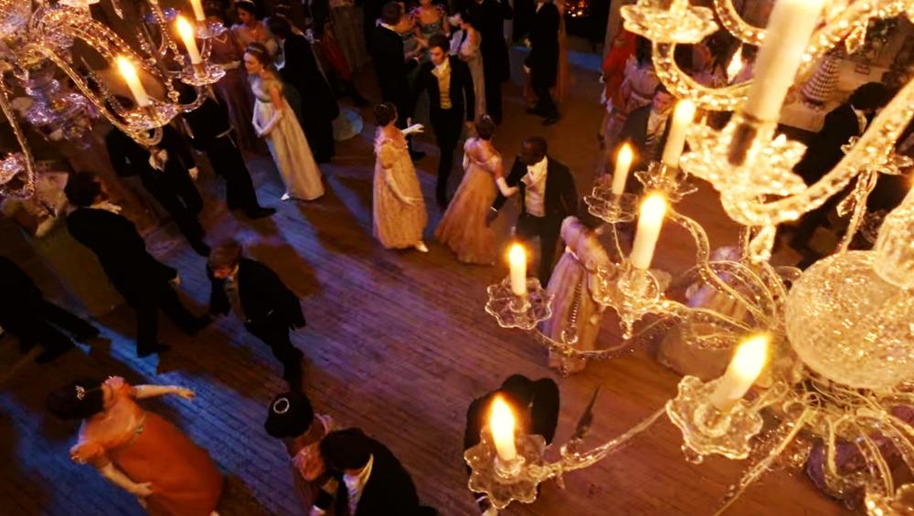 Bridgerton-Candlelight