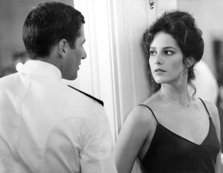 AN OFFICER AND A GENTLEMAN, from left, Richard Gere, Debra Winger, 1982. ©Paramount/courtesy Everett Collection