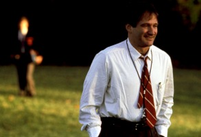DEAD POETS SOCIETY, Robin Williams, 1989