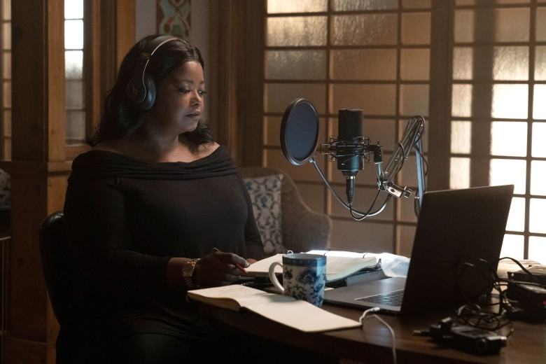 TRUTH BE TOLD, Octavia Spencer, (Season 1, ep. 103, aired Dec. 6, 2019). photo: ©Apple TV+ / Courtesy Everett Collection