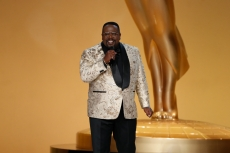 Cedric The Entertainer appears at the 73RD EMMY AWARDS, broadcast Sunday, Sept. 19 (8:00-11:00 PM, live ET/5:00-8:00 PM, live PT) on the CBS Television Network and available to stream live and on demand on Paramount+. -- Photo: Cliff Lipson/CBS ©2021 CBS Broadcasting, Inc. All Rights Reserved.