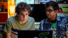 (from left) Evan Hansen (Ben Platt) and Jared Kalwani (Nik Dodani) in Dear Evan Hansen, directed by Stephen Chbosky.