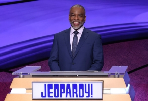 """This image provided by Jeopardy Productions, Inc. shows """"Jeopardy!"""" guest host LeVar Burton on the set of the game show. (Carol Kaelson/Jeopardy Productions, Inc. via AP)"""