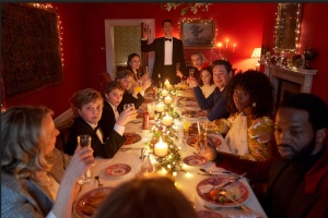 'Silent Night' Review: Keira Knightley Leads a Doomsday Christmas Comedy