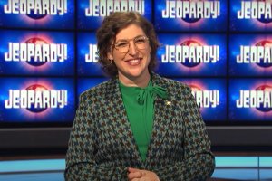 Ken Jennings and Mayim Bialik Set to Host 'Jeopardy!' Through End of 2021