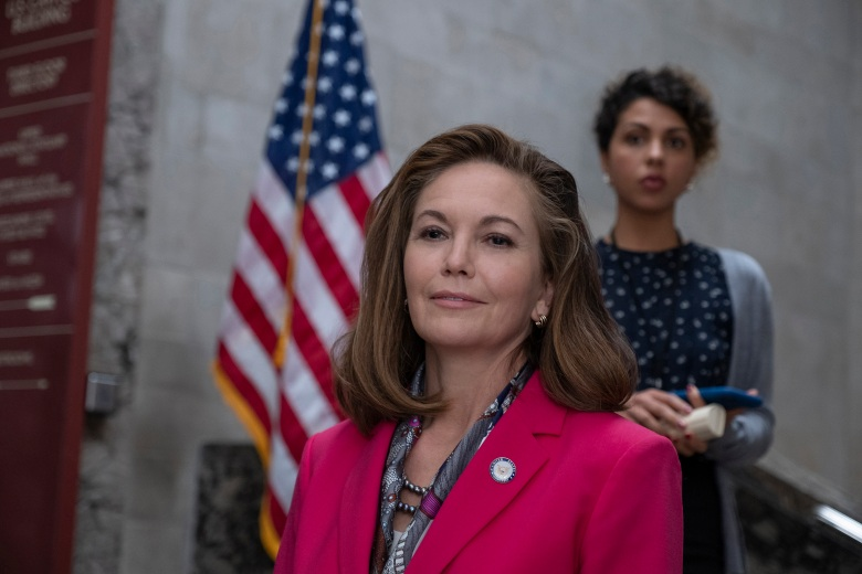 """Y: The Last Man -- """"The Day Before"""" -- Season 1, Episode 1 (Airs September 13) -- Pictured: Diane Lane as Jennifer Brown. CR: Rafy Winterfeld/FX"""