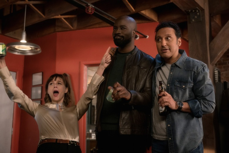 Pictured (L-R) Katja Herbers as Kristen Bouchard, Mike Colter as David Acosta, and Aasif Mandvi as Ben Shakir of the Paramount+ series EVIL.Photo: Elizabeth Fisher/CBS ©2021Paramount+ Inc. All Rights Reserved.