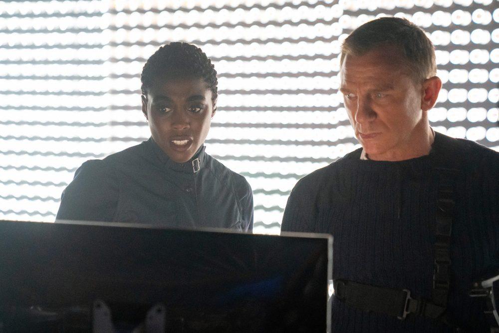 NO TIME TO DIE, from left: Lashana Lynch, Daniel Craig as James Bond, 2021. ph: Nicola Dove / © MGM / © Danjaq / Courtesy Everett Collection