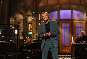 """SATURDAY NIGHT LIVE -- """"Owen Wilson"""" Episode 1806 -- Pictured: Host Owen Wilson during the monologue on Saturday, October 2, 2021 -- (Photo by: Will Heath/NBC)"""