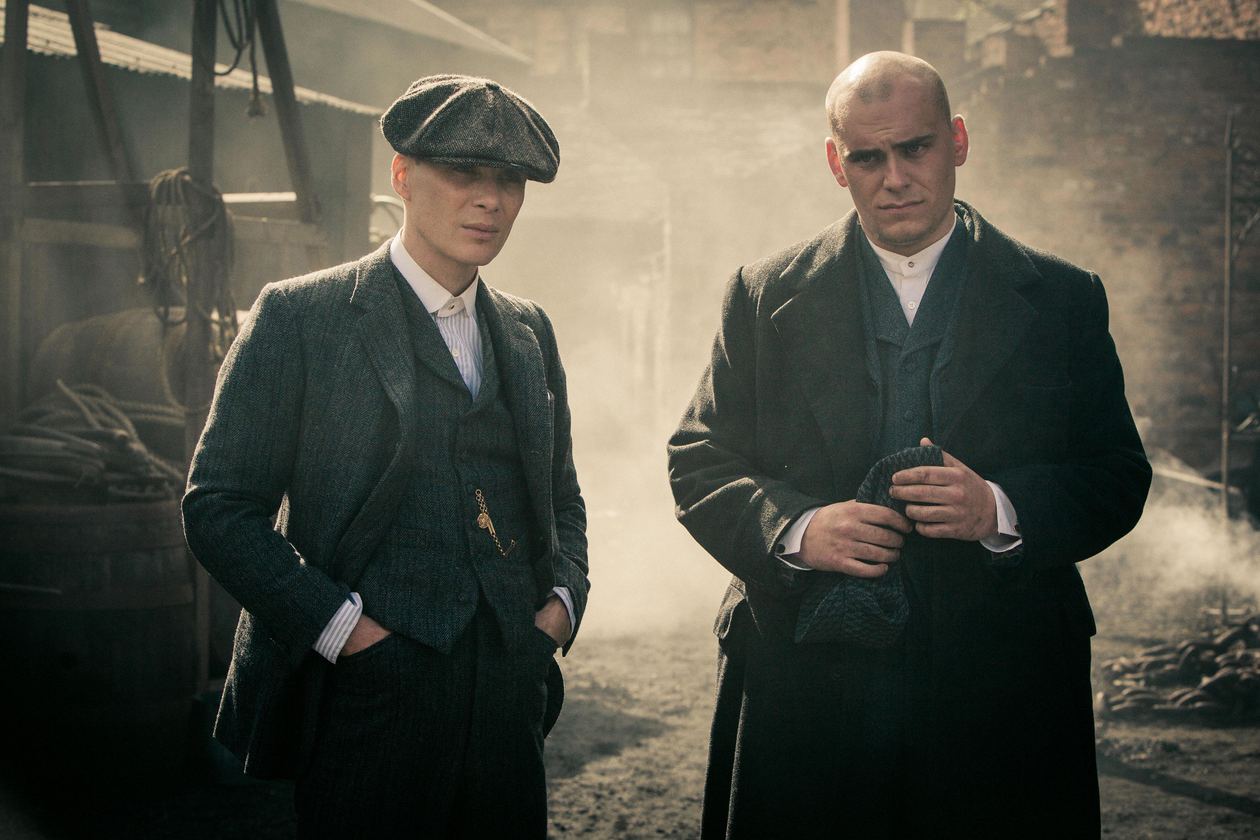 PEAKY BLINDERS, l-r: Cillian Murphy, Samuel Edward Cook, (Season 1, 2013). ©Netflix/courtesy Everett Collection